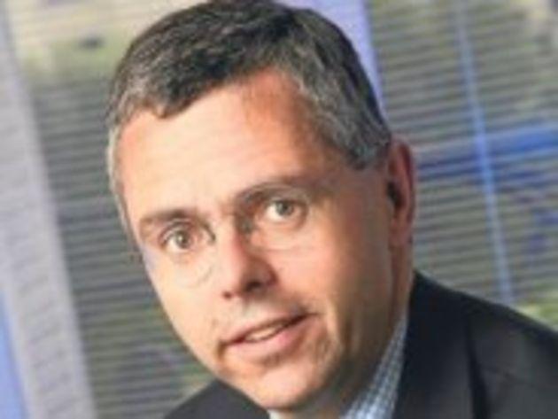 Michel Combes prend la tête de SFR