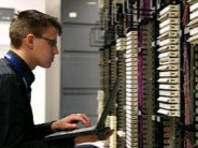 Ingénieurs informaticiens : moins touchés par le chômage, mais des rémunérations moindres