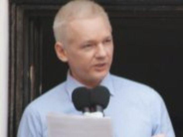 Julian Assange (WikiLeaks) demande la fin de la « chasse aux sorcières »