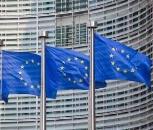 Coût de l'itinérance : la pression de Bruxelles pour des tarifs en baisse d'ici 2014