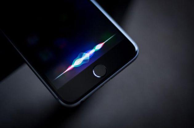 Apple et Google suspendent l'analyse des conversations de Siri et de l'Assistant Google