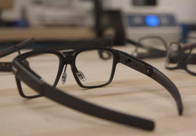 Facebook s'associe à Ray-Ban pour des lunettes connectées