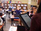 Apple, Google et Microsoft se disputent classes et étudiants : comparatif