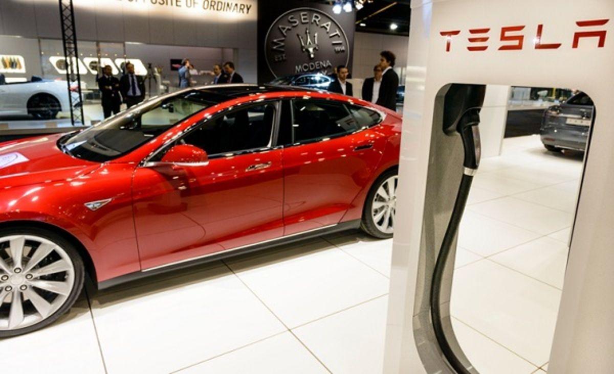 Vidéo : L'Autopilot de Tesla au cœur d'une enquête américaine