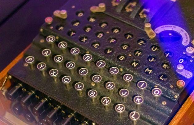 Un étudiant reconstruit la machine ayant craqué les codes nazis Enigma