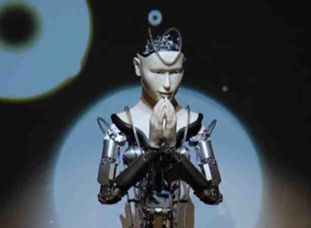 Les robots prêtres sont plus acceptables aux yeux des protestants que les catholiques, selon un professeur