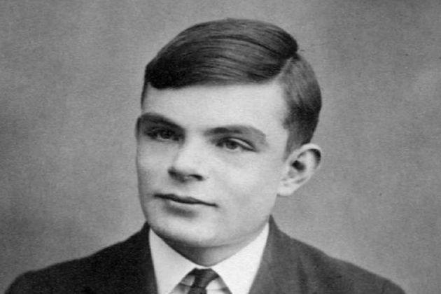 Des affaires appartenant à Alan Turing restituées après une disparition de 40ans