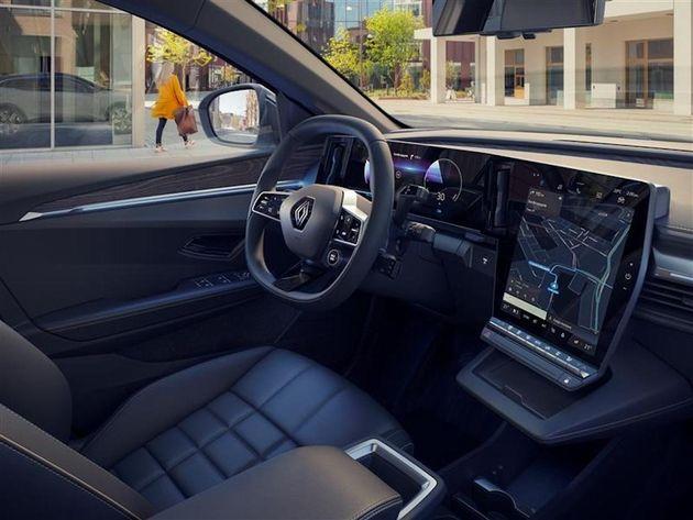 Semi-conducteurs: Qualcomm équipera le prochain véhicule Renault