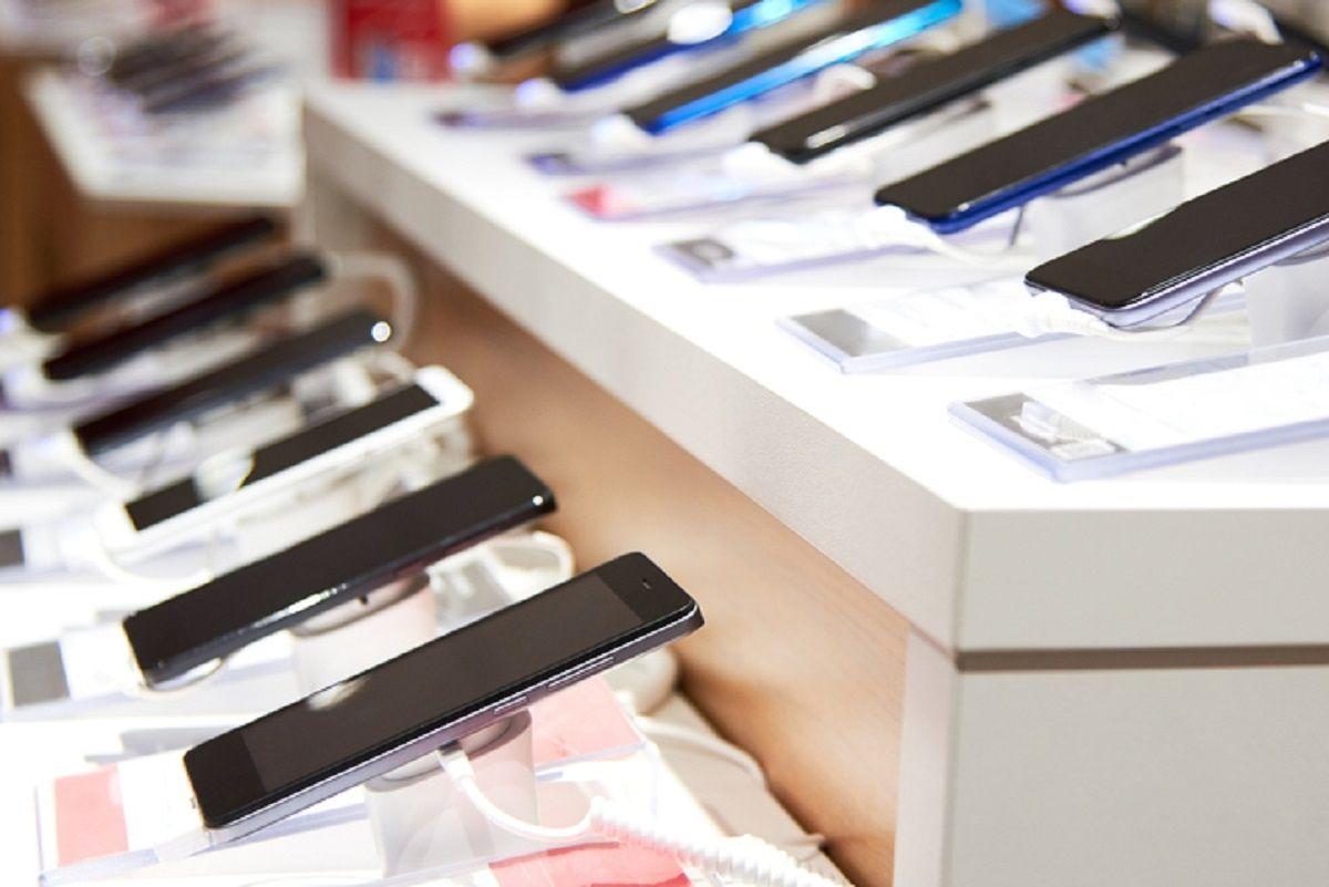 Les ventes de smartphones continuent à donner un coup de pouce à l'adoption de la 5G