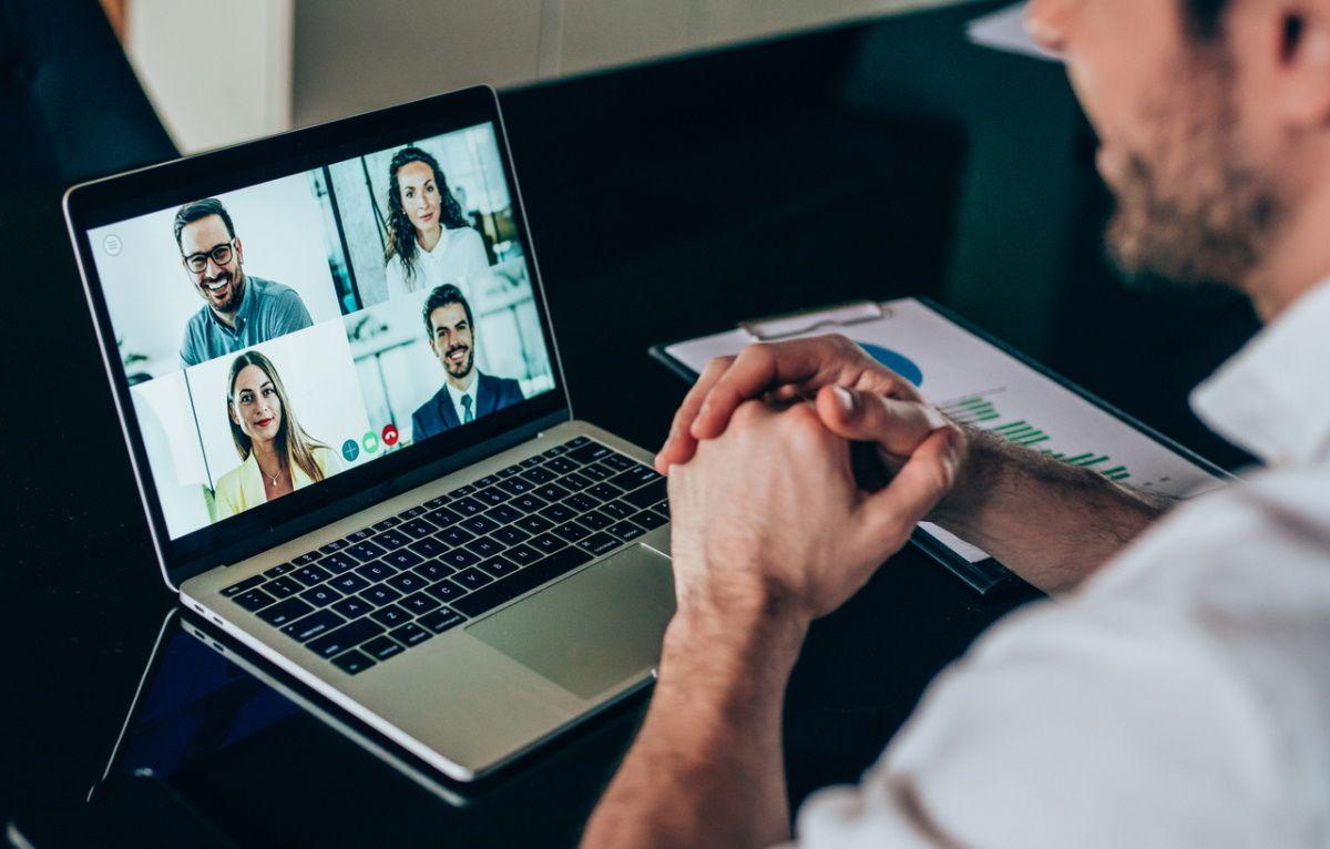 Combattre la fatigue des réunions en visio à grand renfort de3D