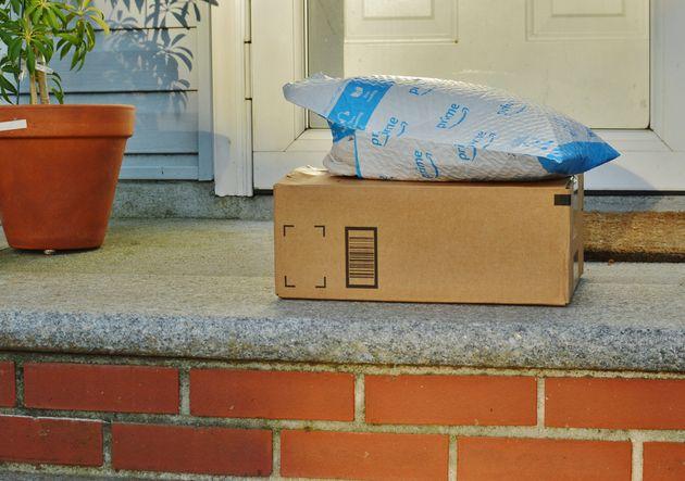 Covid-19: Amazon propose un soutien logistique