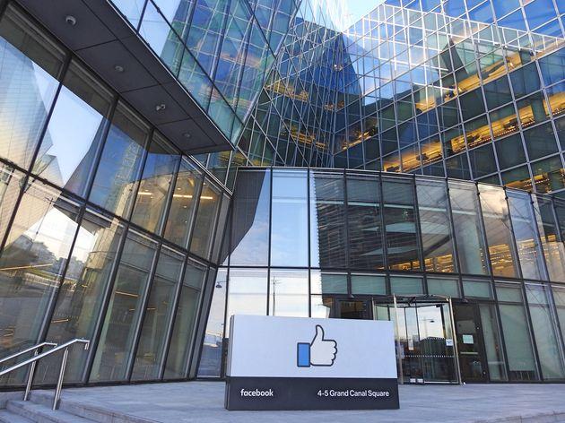 Facebook porte plainte contre un ingénieur qui dissimulait des scams dans ses pubs
