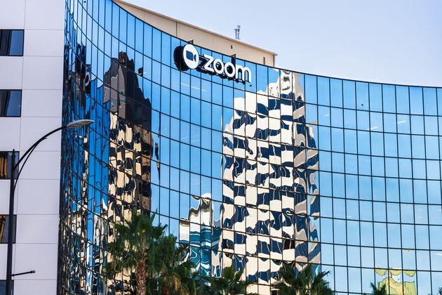 Zoom: comment l'outil professionnel est devenu un accessoire indispensable du quotidien