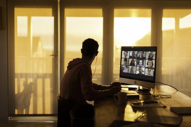 Télétravail: Essayez ces 11conseils pour un bureau à domicile moderne