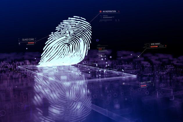 Empreintes digitales: Le ministère de l'Intérieur se fait taper sur les doigts