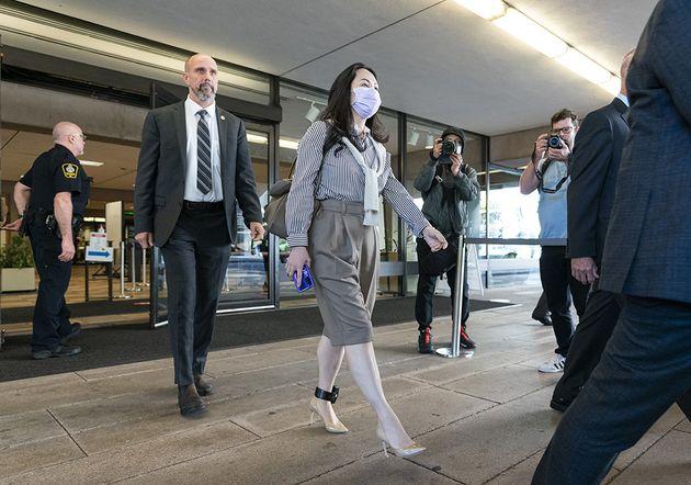 La directrice financière de Huawei rentre en Chine
